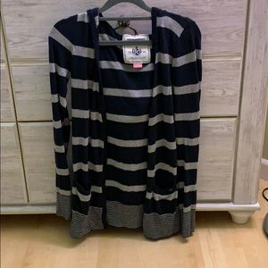 black and gray cardigan sweater